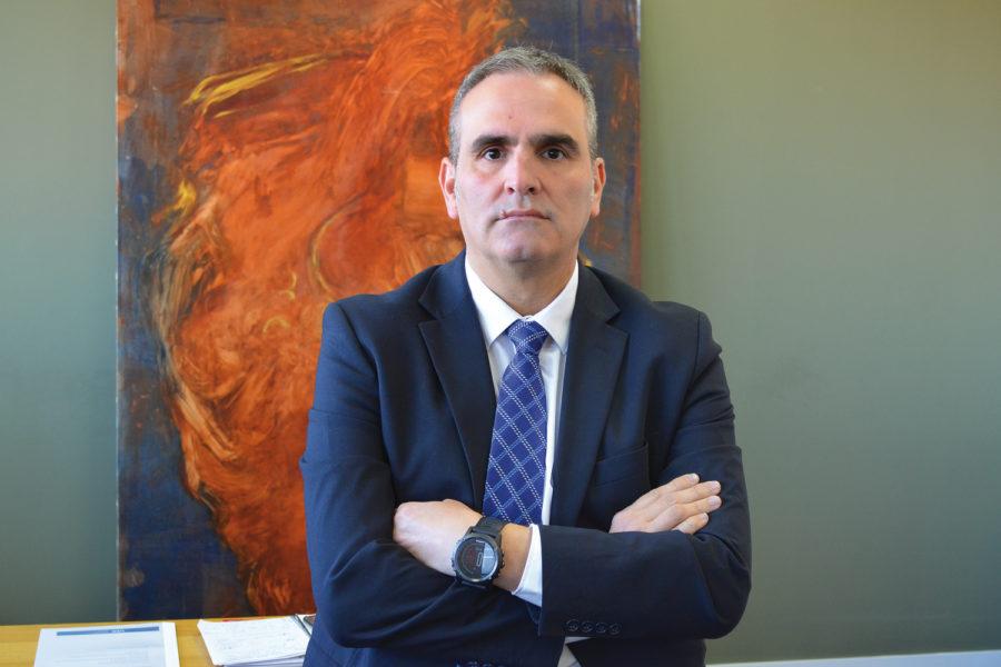 Felix Rodriguez. Sector financiero