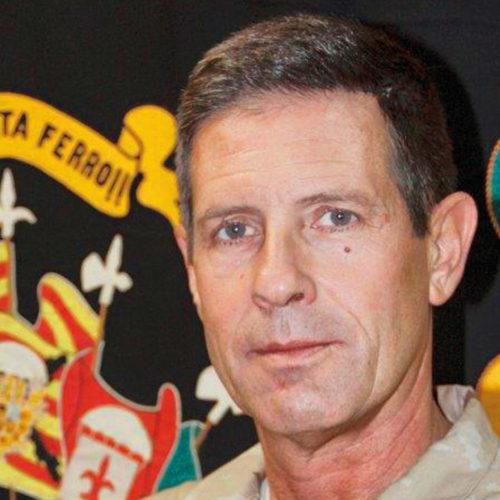 Luis Cortés Delgado, teniente coronel. Jefe del Estado Mayor de la Brigada Paracaidista. Cascos azules (Naciones Unidas).