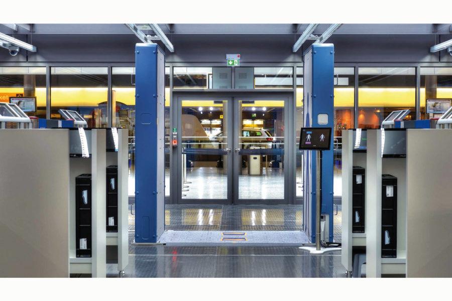 Escáneres corporales QPS200.