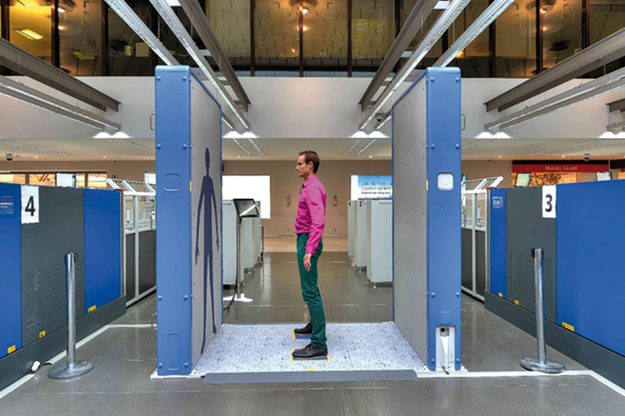 Escáneres corporales QPS200 vista lateral.