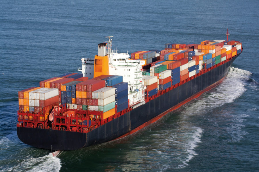 Barco contenedores
