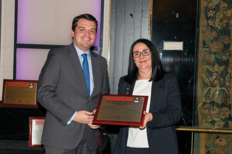Trofeo al Mérito en el Servicio en la Seguridad Privada.