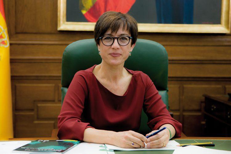 María Gámez, directora de la Guardia Civil.