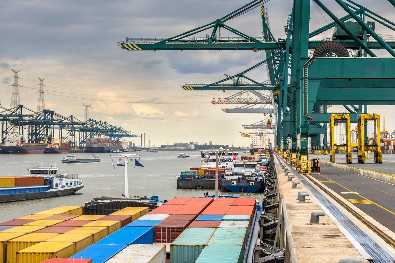 Los muelles de los puertos es uno de los espacios que requieren más seguridad.