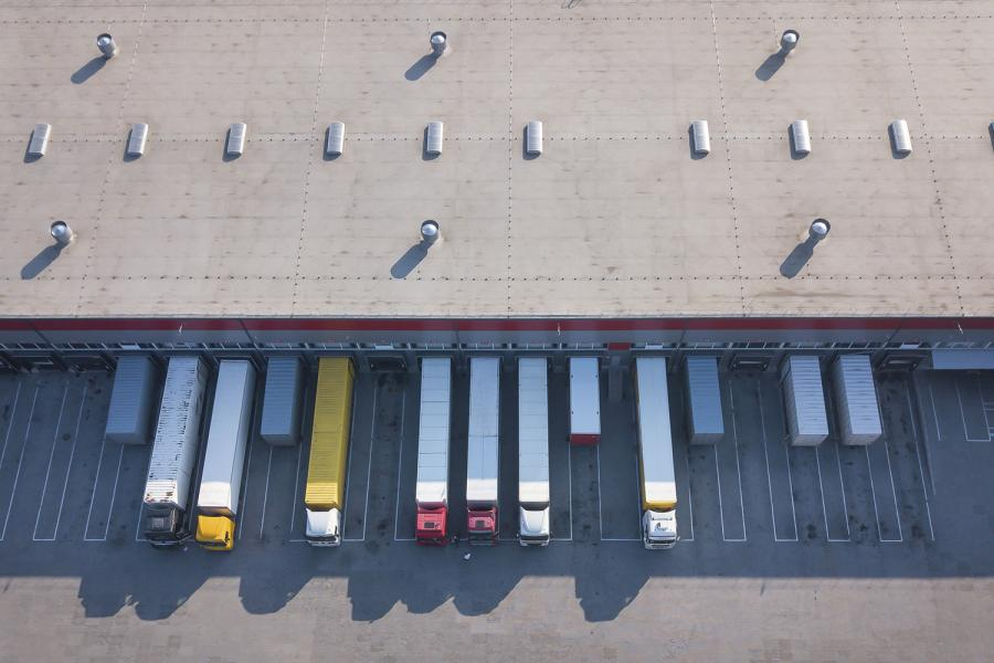 Seguridad perimetral en centros de distribución.
