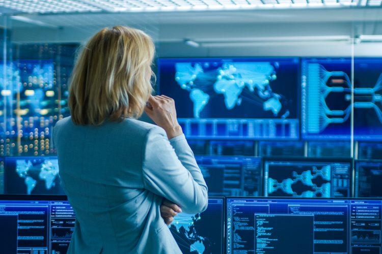 mujeres_ciberseguridad_dia de la mujer